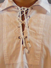 chemise blanche style ancien